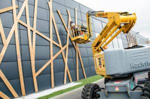 Rénovation ornement façade en bois