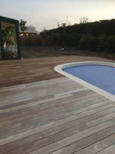 Rénovation terrasse piscine en bois